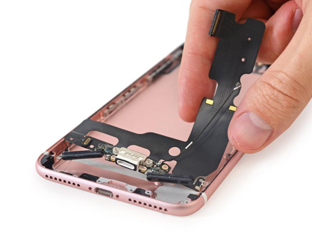 """замена шлейфа iPhone 8 plus в Броварах, СЦ """"ПК-Партнер"""""""