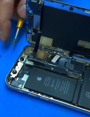 Вид айфон 10 в разборе